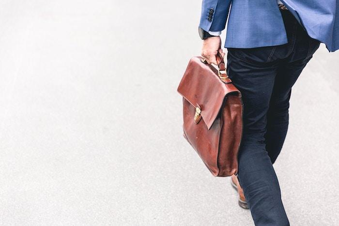 起業するタイミングの最適な時期とその見極め方