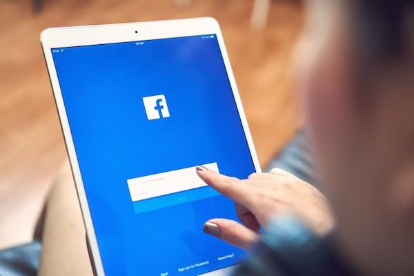 Facebook広告を動画でやるメリットとは?