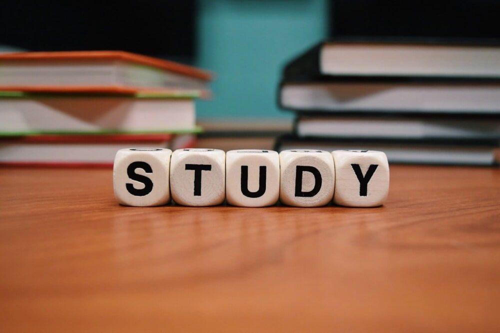 ビジネスで役立つ心理学の勉強法